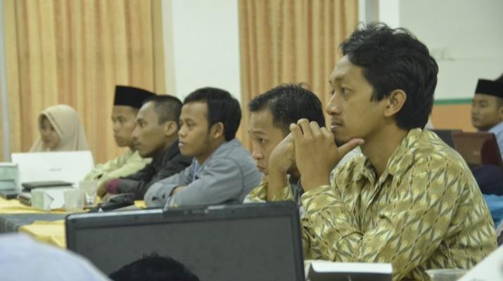Al-Ishlah Sendangagung Pelatihan Web di Darunnajah